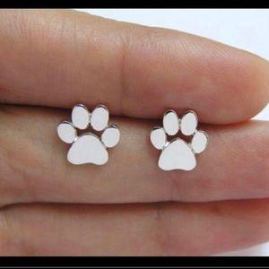 🐾 Silver Paw Earrings 🐾
